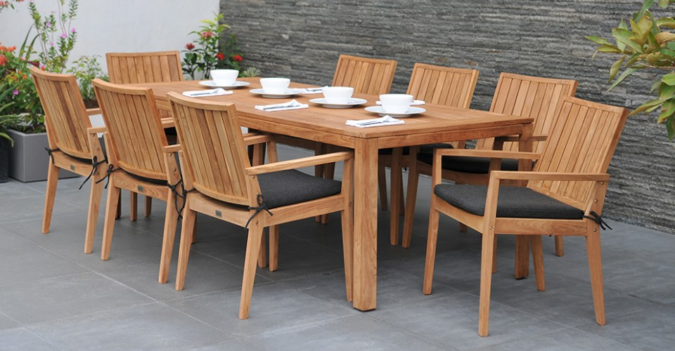 Buyers Guide to Reclaimed Teak Garden Furniture