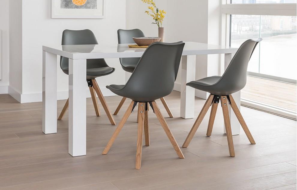 Alexandra – Essgarnitur – 4 Stühle – Grau und Weiß
