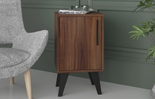 Aspen Oak Side table with door