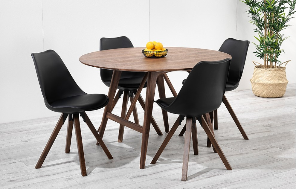 Skagen - ronde walnoten dinerset - 4 stoelen - zwart